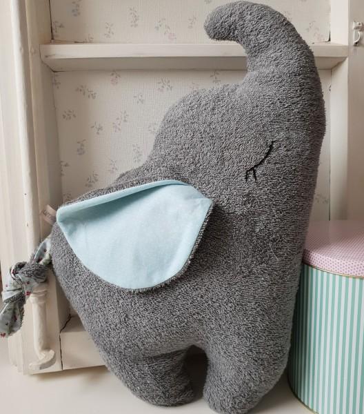 Elefant aus Bio Frottee personalisiert